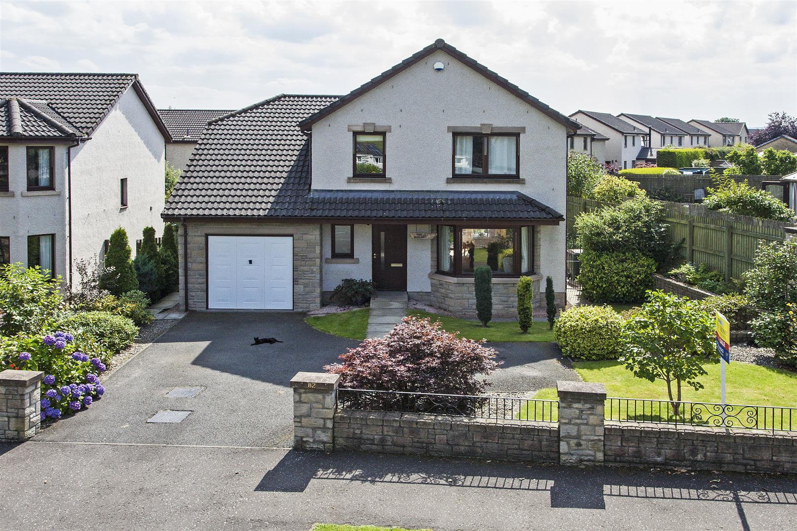 82, Dollerie Terrace, Crieff, Perthshire, PH7 3EG, UK